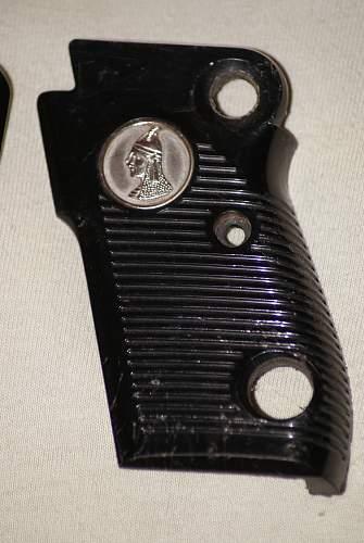 Iraqi Tariq pistol grips