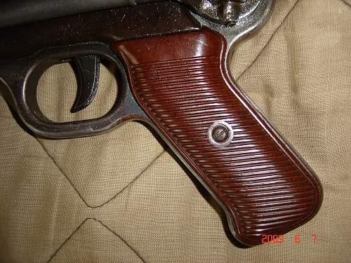 Red grip  bnz 43