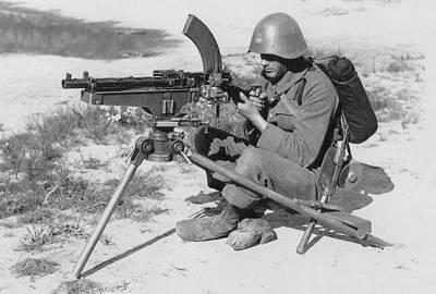 Name:  8 mm maskingevær M.1929 i maskingeværtrefod M.1929.jpg Views: 1582 Size:  20.1 KB