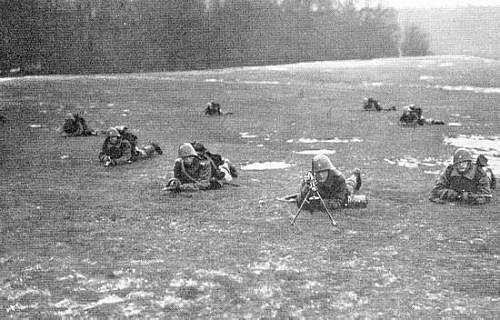 Click image for larger version.  Name:Rekylgeværgruppe, Livgarden 1933.jpg Views:100 Size:42.3 KB ID:537306
