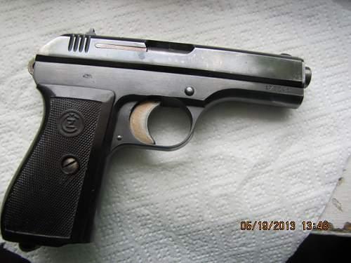 Pistole Modell 27 (CZ27) Question