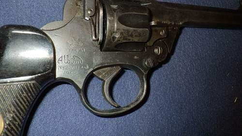 Enfield Revolver grips, need some help!