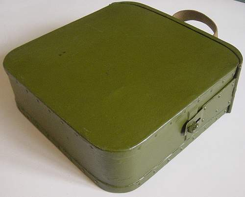 Click image for larger version.  Name:Early style Maxim ammo tin 003.jpg Views:272 Size:198.6 KB ID:63693