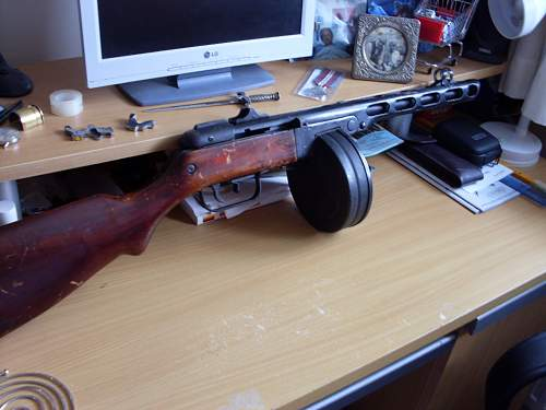 Click image for larger version.  Name:Russian PPSH-41 001.jpg Views:284 Size:63.7 KB ID:674606