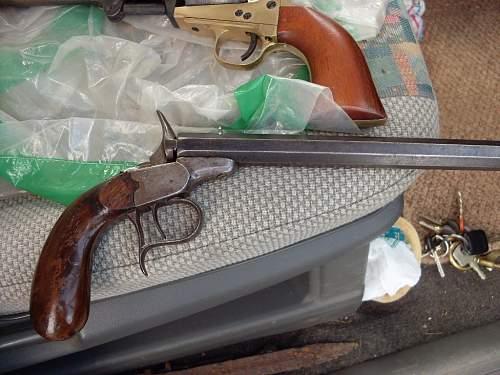 Click image for larger version.  Name:old Belgium pistol 002.jpg Views:94 Size:89.1 KB ID:678686