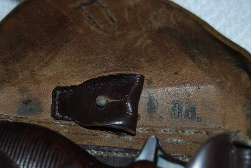 Vet Bring back P38 Pistol and holster and extras