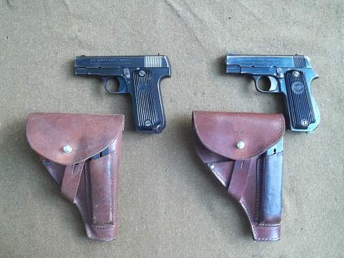 Comparison of German Unique 17 and Unique Kreigsmodell Pistols