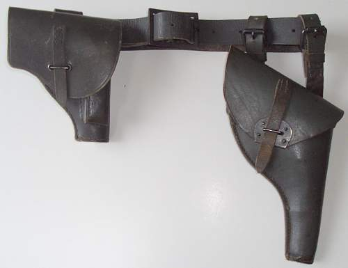Click image for larger version.  Name:Italian holsters front.jpg Views:528 Size:52.6 KB ID:712128