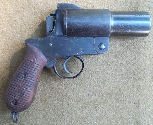 japanese type 10 flare pistol