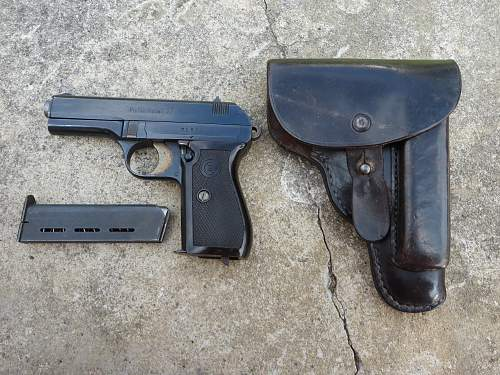 P. Mod 27 and holster from Jersey, Channel Islands.