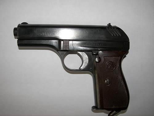 Click image for larger version.  Name:cz pistol 002.jpg Views:96 Size:247.1 KB ID:72330