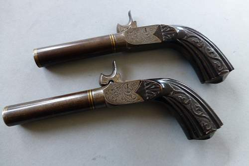 Percussion Muff pistol set cased .44 cal.