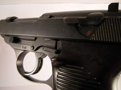 Click image for larger version.  Name:Walther P38 ac42 matching numbers 1261 b (6).jpg Views:19 Size:324.4 KB ID:786474