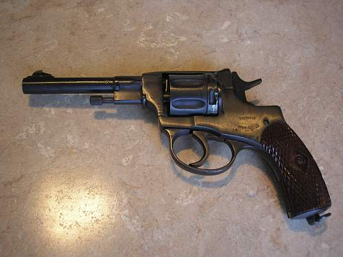 Click image for larger version.  Name:ussr guns 002.jpg Views:178 Size:242.2 KB ID:79043