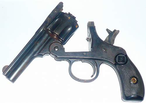 Click image for larger version.  Name:pistol 005.jpg Views:7592 Size:200.7 KB ID:79702