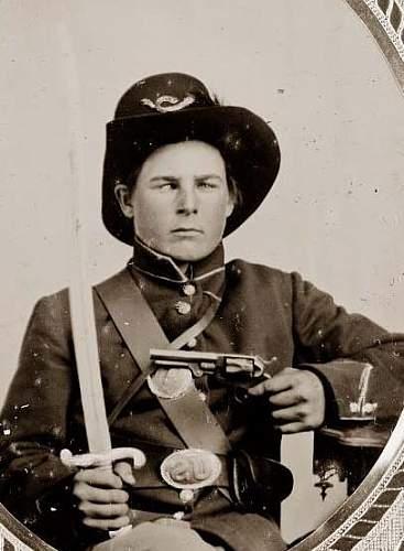 Click image for larger version.  Name:Soldier-Pistol-Saber.jpg Views:2911 Size:34.0 KB ID:81375