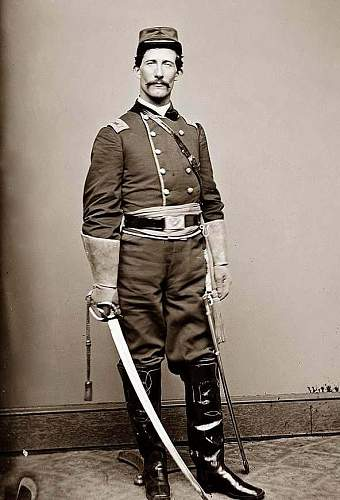 Click image for larger version.  Name:Cavalry-Officer-Uniform.jpg Views:3292 Size:71.8 KB ID:82168