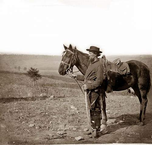 Click image for larger version.  Name:Cavalry-Soldier-002.jpg Views:192 Size:59.4 KB ID:82169