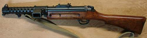 Click image for larger version.  Name:British WWII Lanchester submachinegun.JPG Views:1122 Size:181.4 KB ID:82299