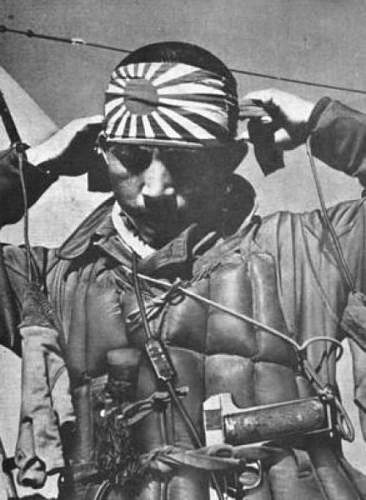 Click image for larger version.  Name:SPANISH ROYAL PISTOL WITH JAPANESE PILOT.jpg Views:63 Size:54.5 KB ID:841633