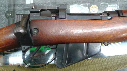 Enfield Carbine at pawn shop, need some help
