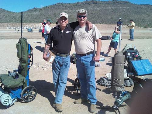 Click image for larger version.  Name:Me and R lee Ermey.jpg Views:9 Size:149.6 KB ID:949929