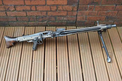 MG42 Barrel: WW2 or Post war?