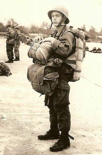 Click image for larger version.  Name:French Commando Algerian war.jpg Views:109 Size:79.5 KB ID:1050010