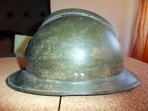 Click image for larger version.  Name:1278921850_104732416_2-Capacete-frances-da-2-Guerra-Mundial-Lisboa-1278921850.jpg Views:68 Size:38.8 KB ID:121760