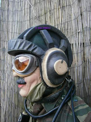 Soviet / Warsaw Pact Tank helmet identification