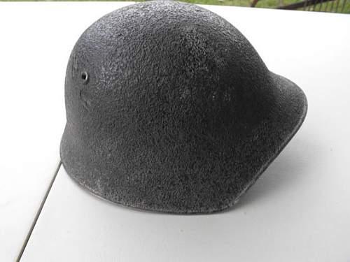 Can anybody ID this helmet?
