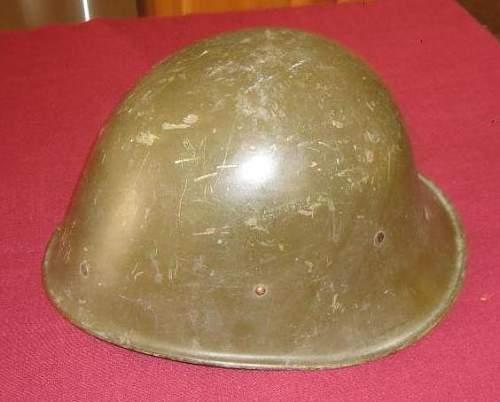 KNIL helmet buckle ID, help wanted!