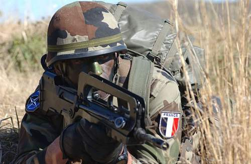 Click image for larger version.  Name:French_soldiers_france_join_NATO_again_001.jpg Views:1090 Size:70.1 KB ID:197821