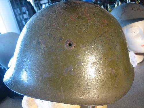 Click image for larger version.  Name:Italian WWII Helmet (3).jpg Views:97 Size:183.5 KB ID:252203
