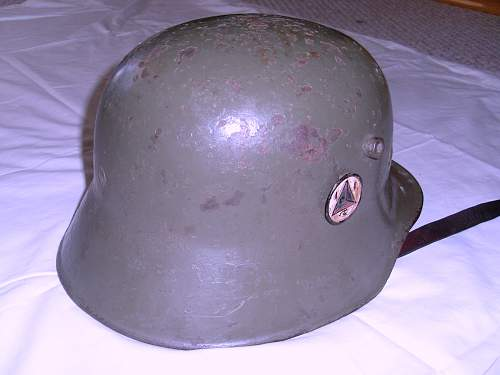 Click image for larger version.  Name:Helmets 008.jpg Views:111 Size:240.4 KB ID:282133