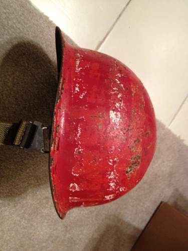 Are you guys familliar with red m1 pot helmets?