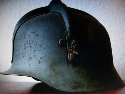 Click image for larger version.  Name:hungarian helmet 001.jpg Views:80 Size:49.1 KB ID:322610