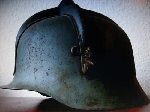 Help with hungarian  helmet