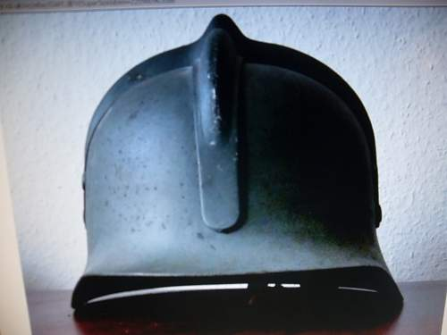 Click image for larger version.  Name:hungarian helmet 008.jpg Views:62 Size:40.1 KB ID:322612