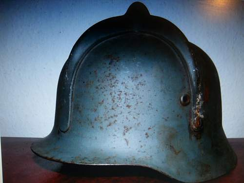Click image for larger version.  Name:hungarian helmet 002.jpg Views:51 Size:49.8 KB ID:322614