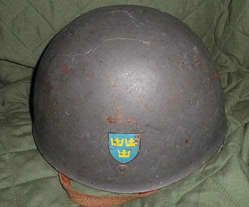 Help with this Swedish helmet??