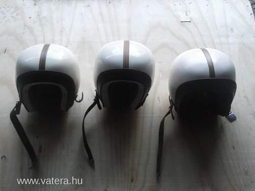 Cold War Hungarian Paratroopers Helmet - unissued