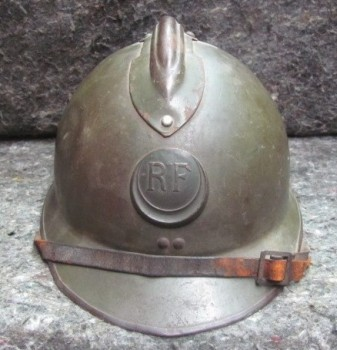 did the French Zouaves use this type of badge during WWII? 3rd regiment?