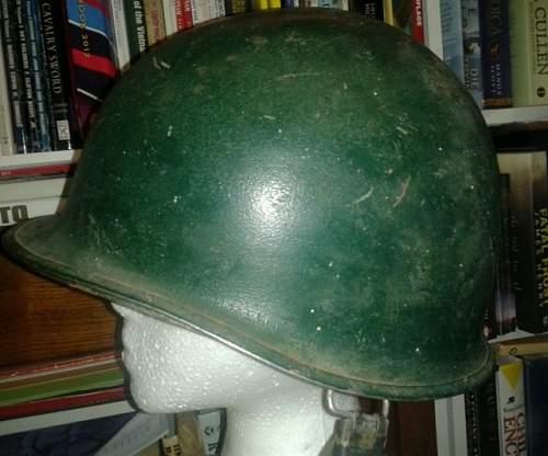 Falklands war - argie helmet?