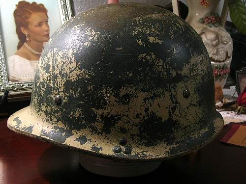 Click image for larger version.  Name:iraqi helmet 2.JPG Views:114 Size:155.0 KB ID:66335