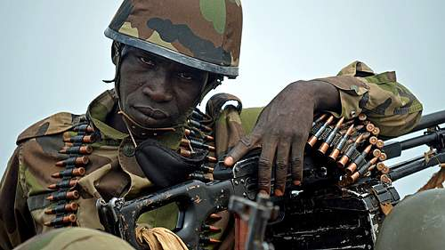 Click image for larger version.  Name:mali_army_soldier.jpg Views:295 Size:106.4 KB ID:664631