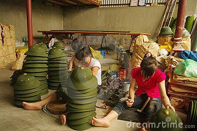 Name:  finishing-vietnamese-military-helmets-21907871.jpg Views: 2007 Size:  54.0 KB