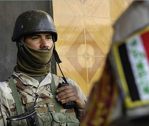 Click image for larger version.  Name:Iraqi soldier.jpg Views:195 Size:77.6 KB ID:703706