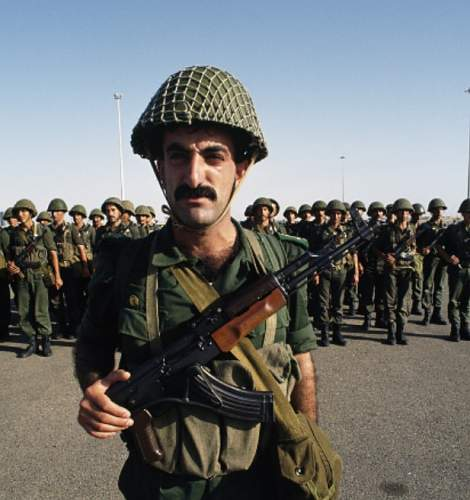 helmets in use by the Egyptian military