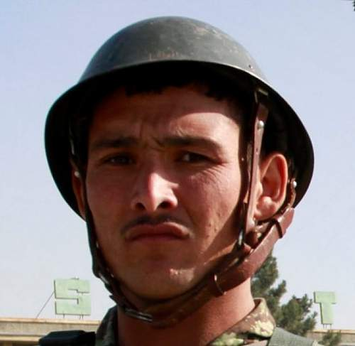 Click image for larger version.  Name:Afghan army.jpg Views:98 Size:46.5 KB ID:730618